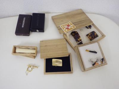 遺品整理 (勲章 和装小物 ビジネス小物 印材)藤沢市遠藤
