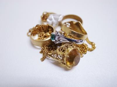 指輪買取 (金 プラチナ 色石)藤沢市天神町